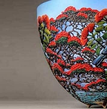 Gordon Pembridge's Filigree Wood Vases. Charm of carving